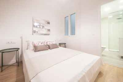 New apartments in the central avenue of Barcelona